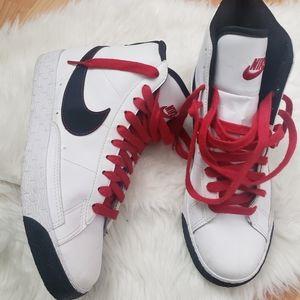 Nike Higtop Sneakers